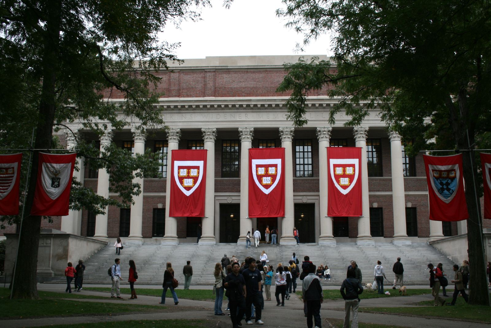 Trump DoJ sides with Asian-Americans SUING Harvard U. over 'discriminatory' race-based admissions