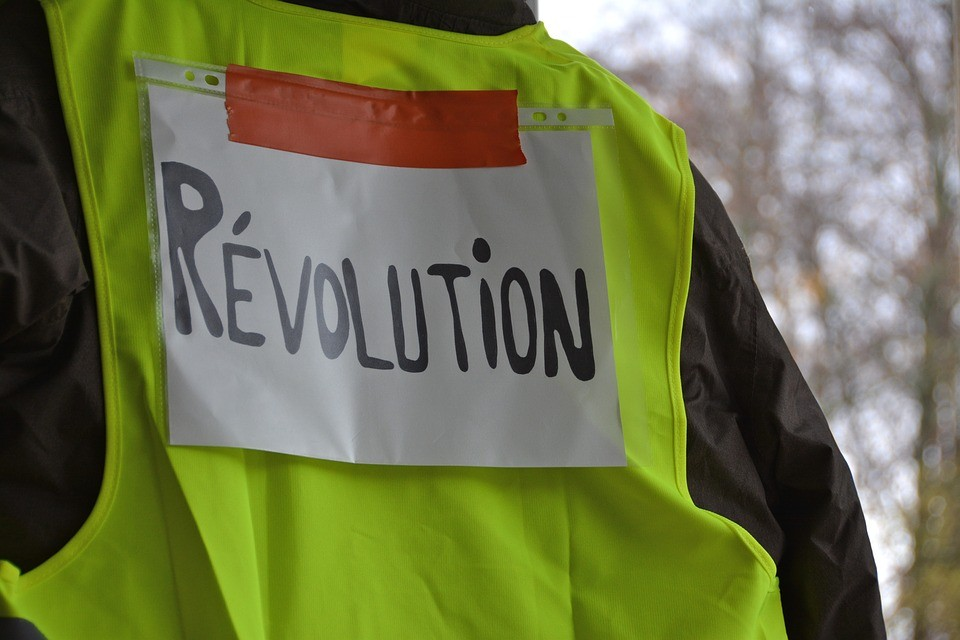 Could the French Yellow Vests bring down the world's debt-based economy and deal a death blow to globalism?